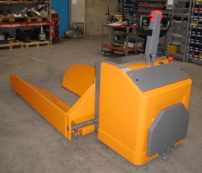 heavy-duty-powered-reel-handling-truck