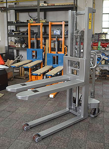 stainless-steel-stacker