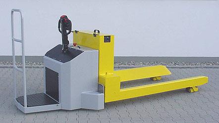 powered reel handling truck b3