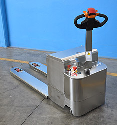 powered stainless steel pallet truck 01